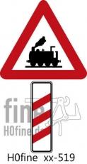 Verkehrszeichen Dreistreifige Bake rechts unbeschrankter Bahnübergang