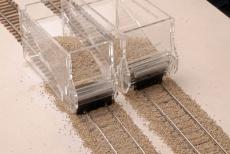 Schotterhilfe/Schotterbesen Set H0 für Bahnhofsgleise