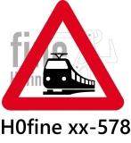 Verkehrszeichen moderner Bahnübergang