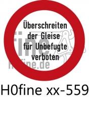 Verkehrszeichen Überschreiten der Gleise für Unbefugte verboten